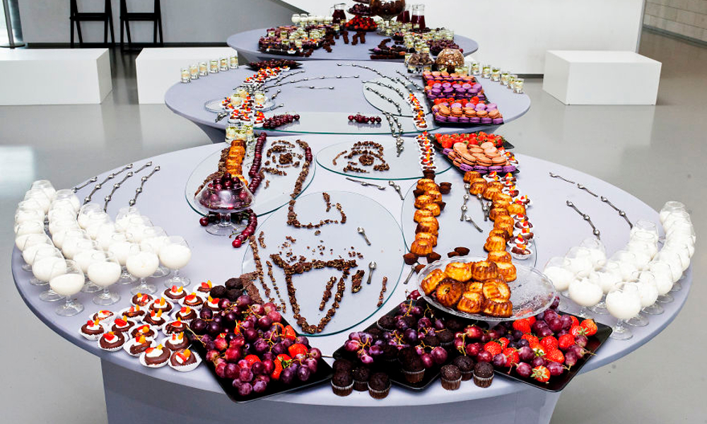 080 food art einstein